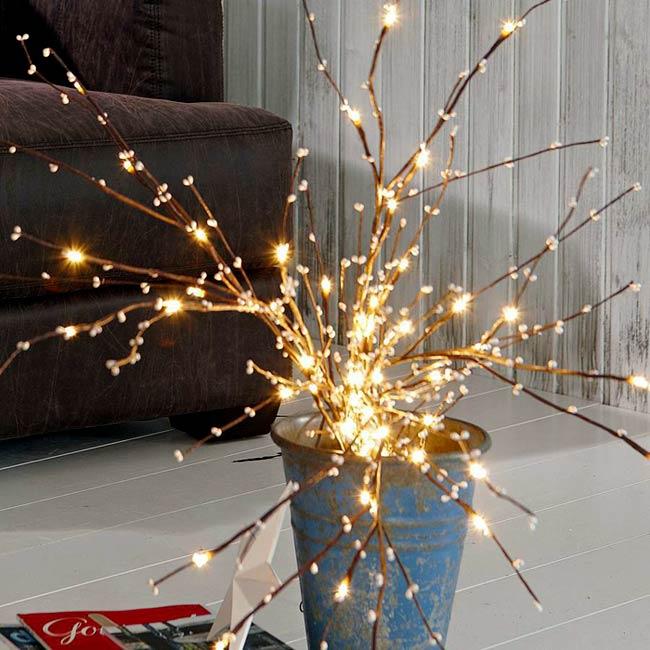 Ideas para decorar en navidad lodijoella - Arboles secos decorados ...