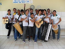 INSTRUMENTOS MUSICAIS DA ESCOLA