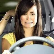 كيف تتصرفين فى المواقف المحرجة - امرأة تقةد سيارة فتاة - woman girl drive car driving