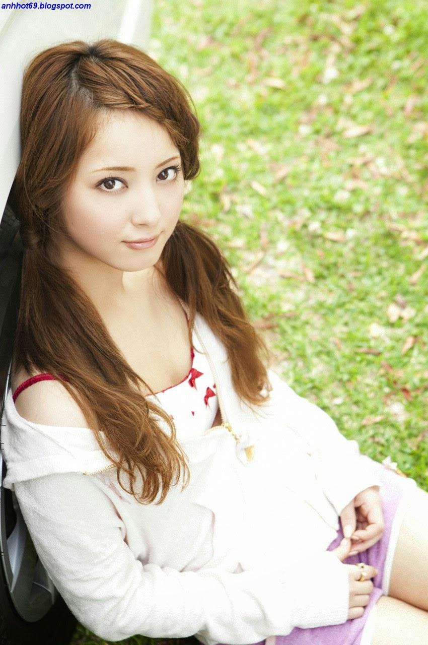 nozomi-sasaki-00633673