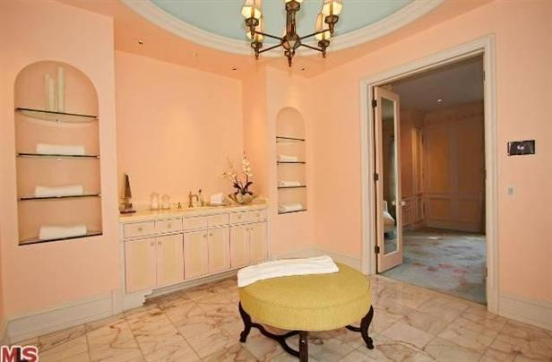 To da loos heidi klum and seal s former beverly hills Peach bathroom