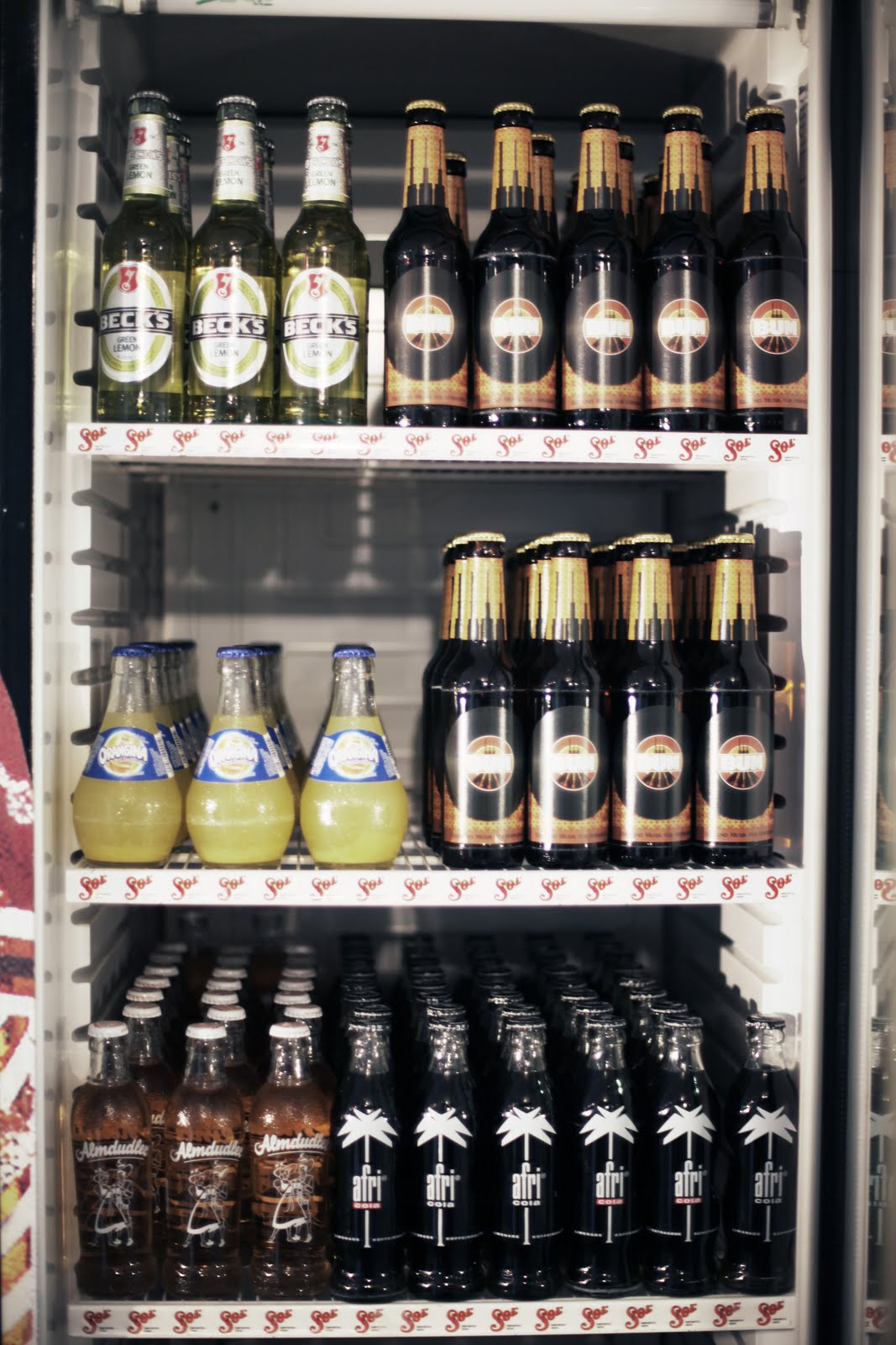 Großzügig Kühlschrank Voll Bier Ideen - Das Beste Architekturbild ...