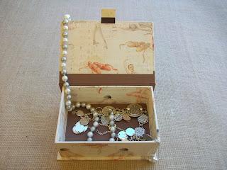 Caja cartonnage