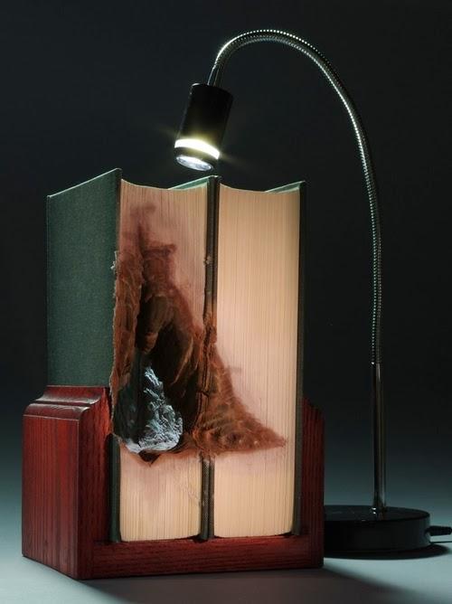 08-Guy-Laramee-Book-Sculptures-Encyclopedias-Dictionaries-www-designstack-co