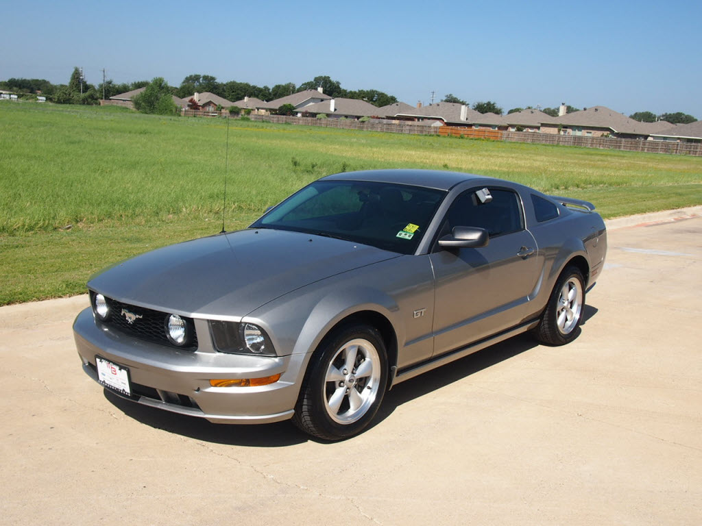 2008 ford mustang gt silver 50k miles 6 speed manual 19 988 tdy sales new lifted truck suv. Black Bedroom Furniture Sets. Home Design Ideas