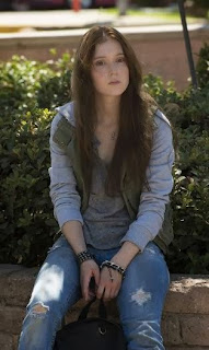 Hayley McFarland in Sons of Anarchy ep John 8:32