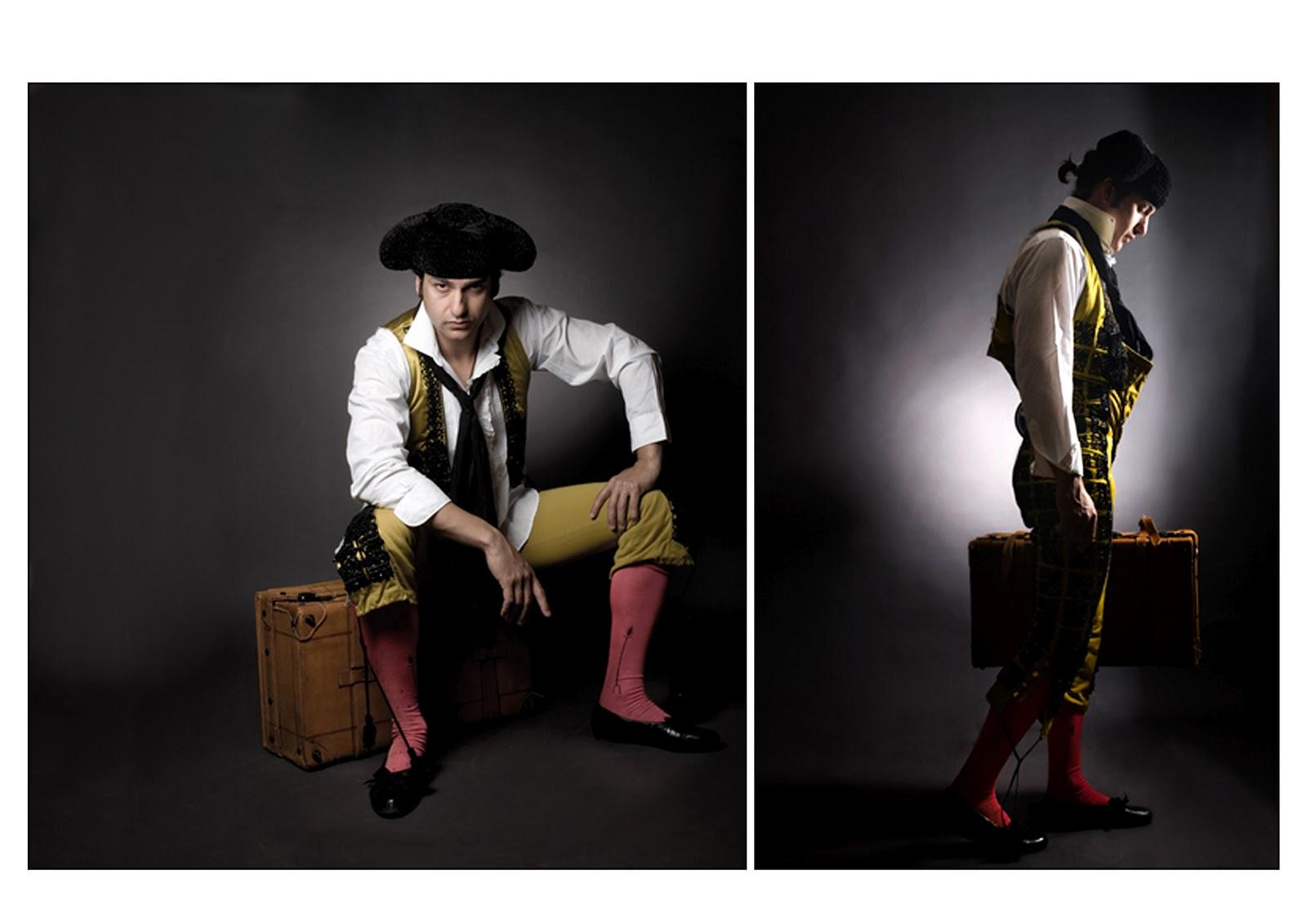 Una foto de Morante cada día - Página 19 18Retratos+con+maleta+en+color2+(1)