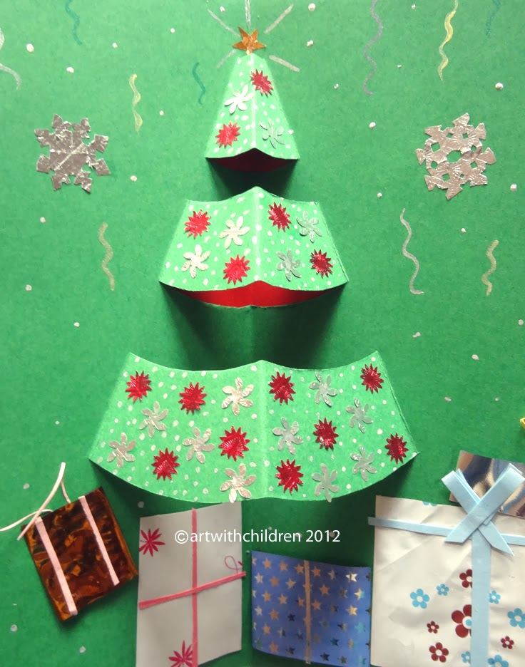 CHRISTMAS TREE POP-UP CARD