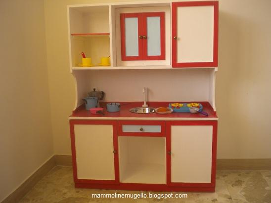 Mammoline mugello e oltre la mini cucina un regalo - Regalo mobili cucina ...