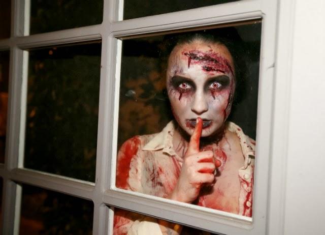 Demi Lovato disfraz de un muerto viviente