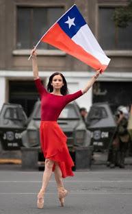'Súper lunes' de marchas y cacerolazos en Chile contra Piñera