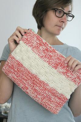 Polka Dots & Frills: Free Crochet Blanket Pattern - Daisy