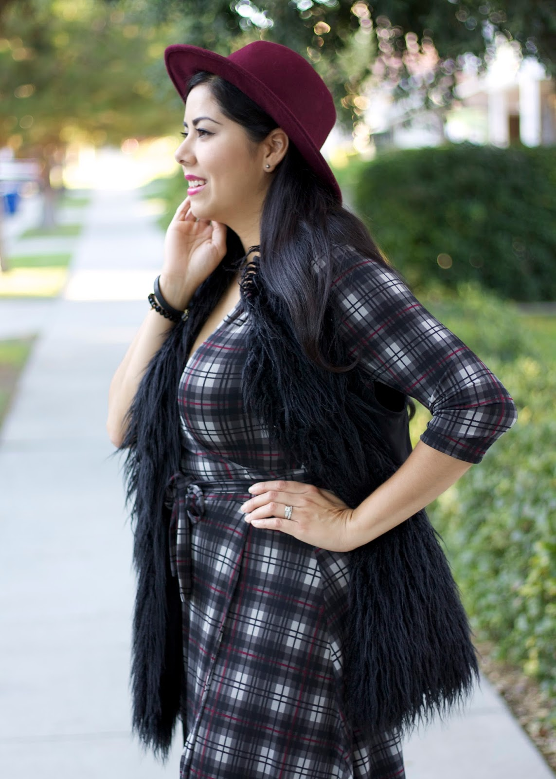Fall Hats, Fall 2015 Hats, Merona maroon hat, cabi clothing blogger, cabi vest 2015, black faux fur vest