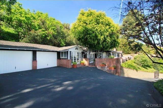 Celebrity Real Estate Neil Patrick Harris Sells In Studio