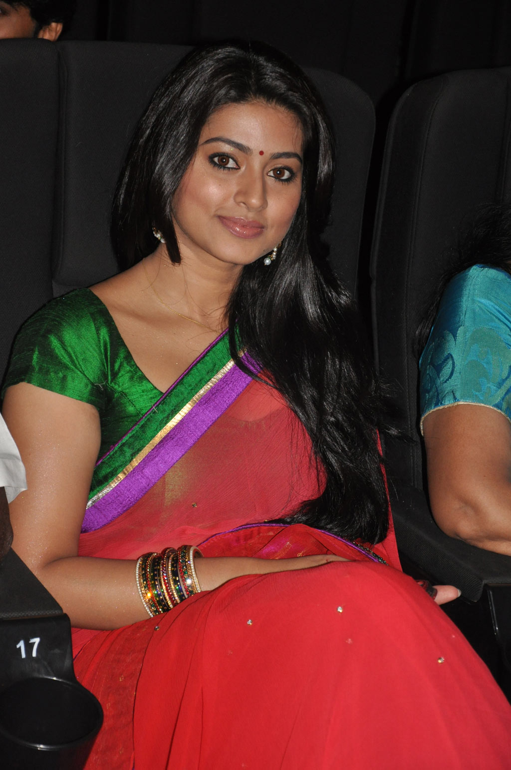 Sneha Latest Images in Saree - Tamil Movie Posters Images Actress ...