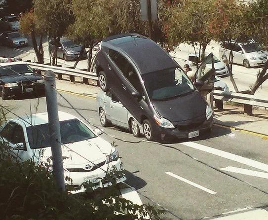 Insiden Kemalangan yang Pelik dan Jarang Dilihat