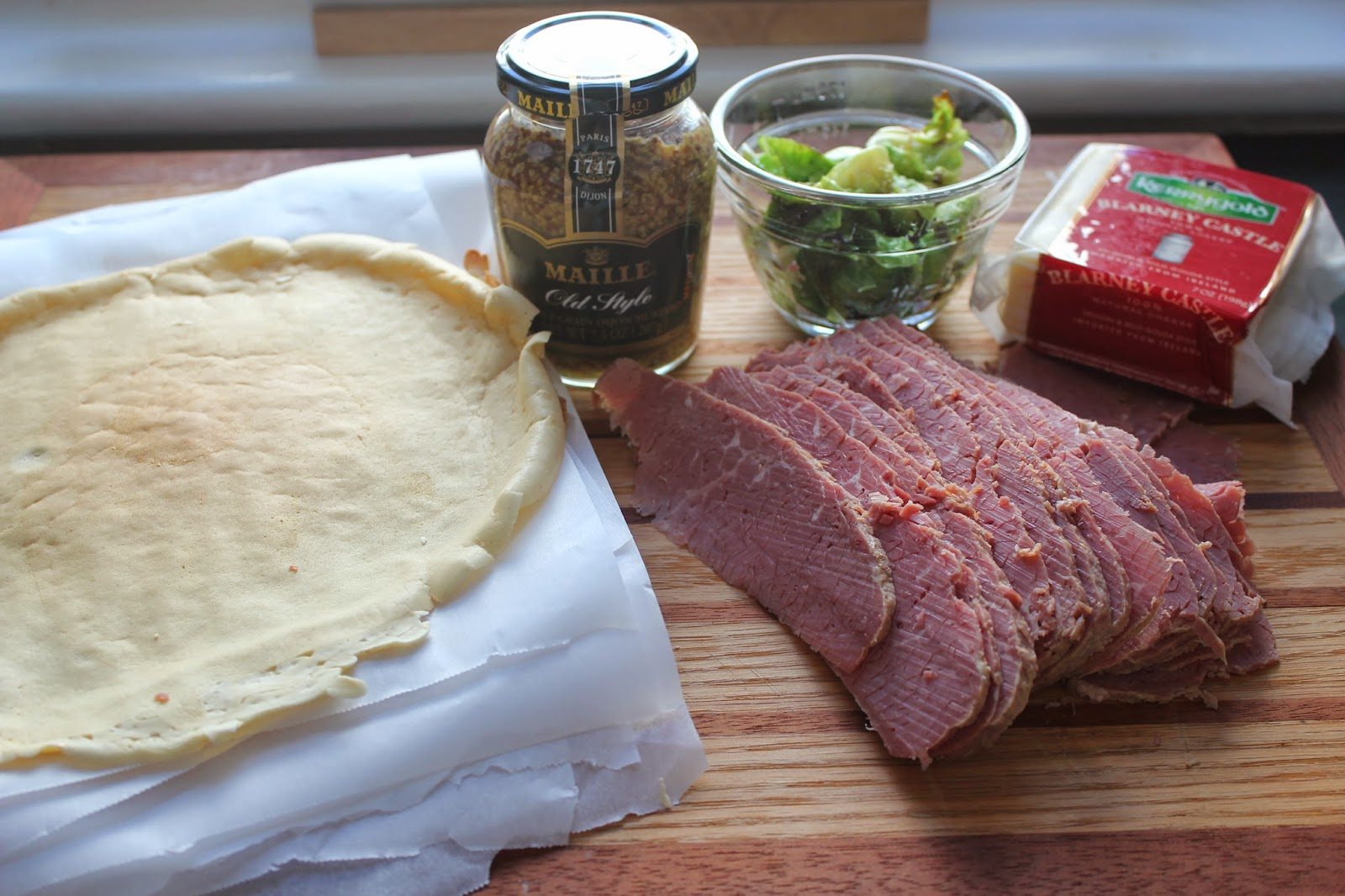 Ingredients for corned beef on rye crepes