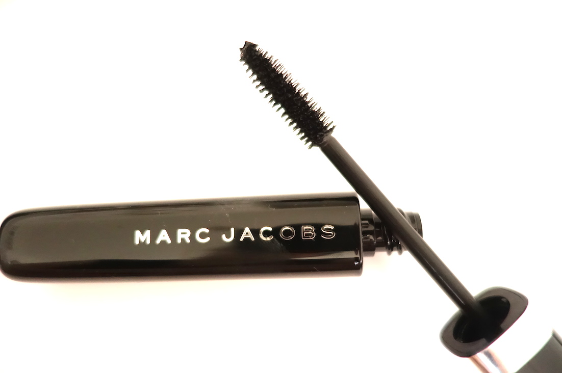 Marc-Jacobs-Beauty-O!Mega-Lash-Volumising-Mascara-Review