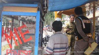 PKL Kab. Sumedang Berjualan di Atas Trotoar Diperingatkan
