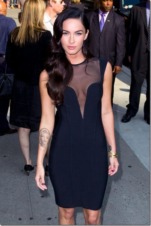 """megan fox thumb condition. dresses """"Megan Fox toe thumbs"""""""