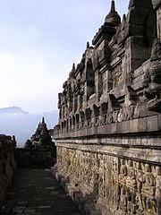 Gambar Candi Borobudur - Relief Dinding