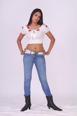 ramya spicy actress pics