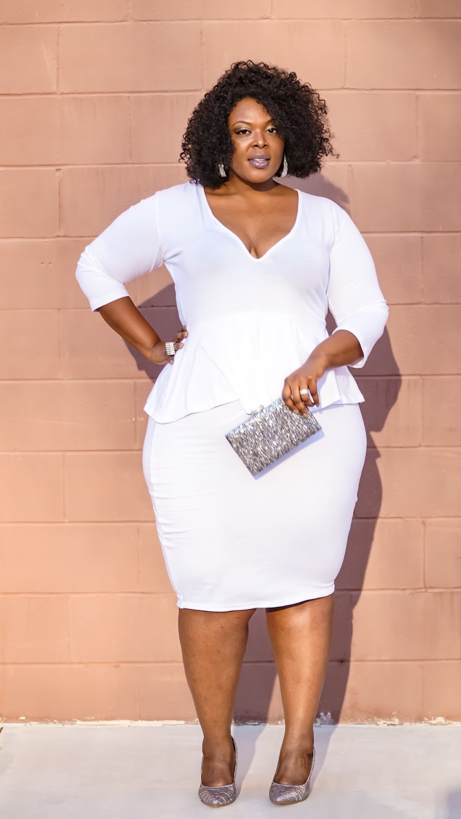 Big Bella Donna Fashion: Winter Whites with Rebdolls \