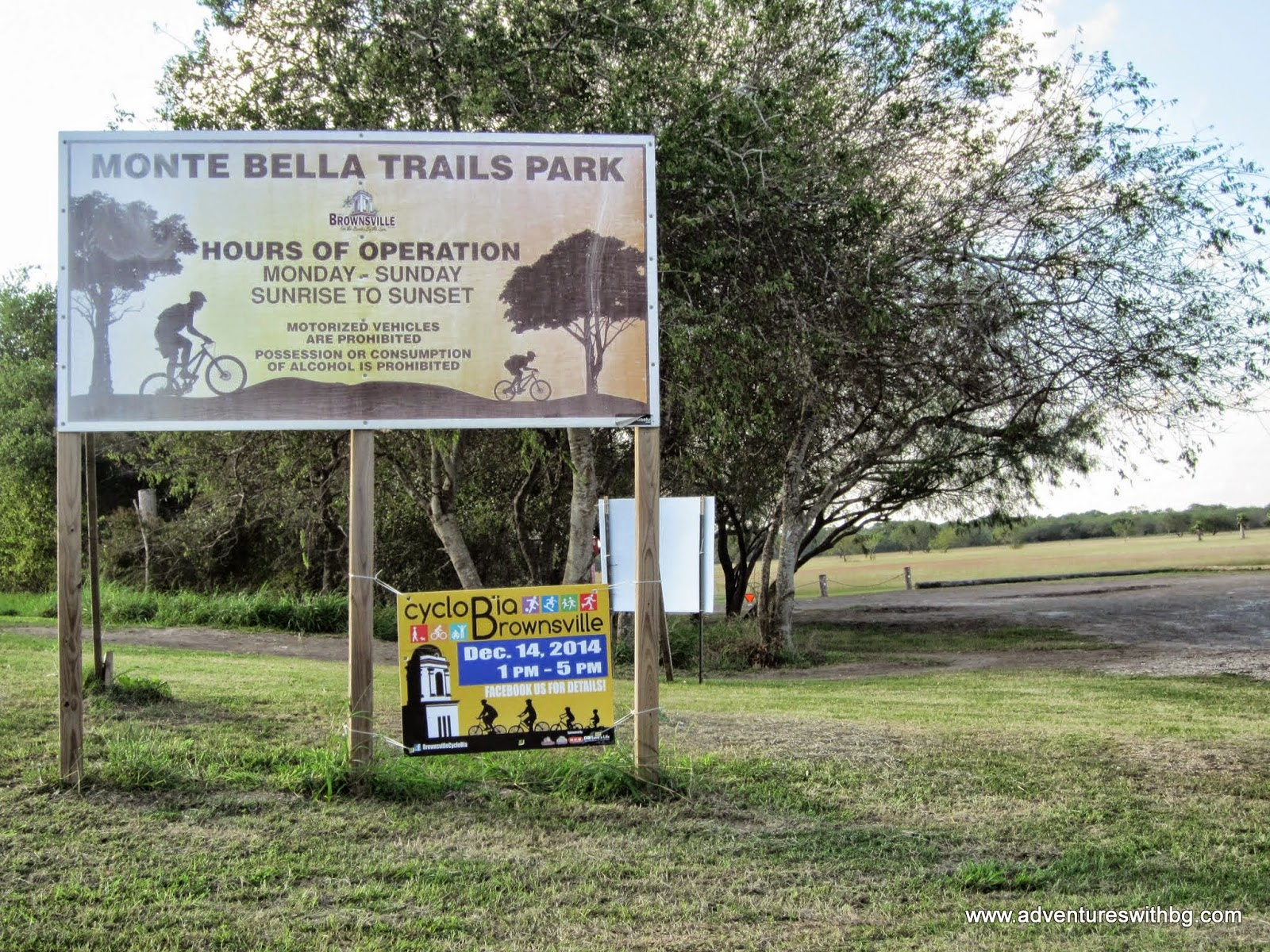 The entrance sign to the Monte Bella Trails Park