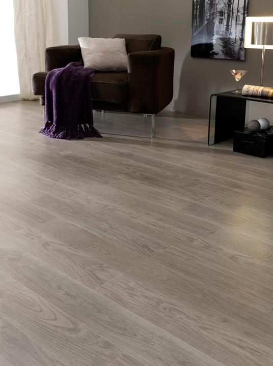 Art record teca gris el color de moda para suelos - Colores de suelos laminados ...