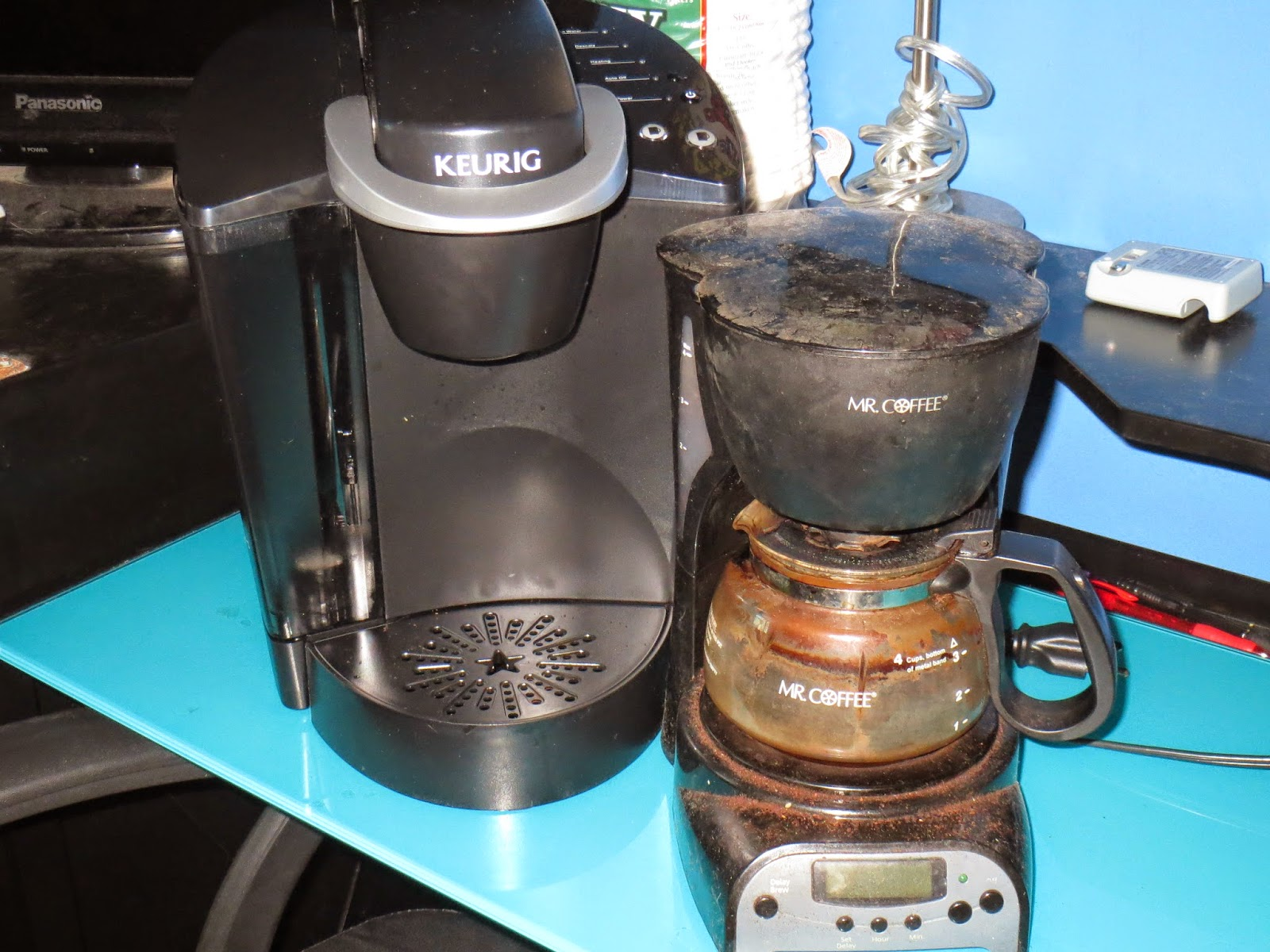 Keurig Coffee Maker Problems Lights Flashing : THE INTERNET IS IN AMERICA: The Problem with K-Cups...