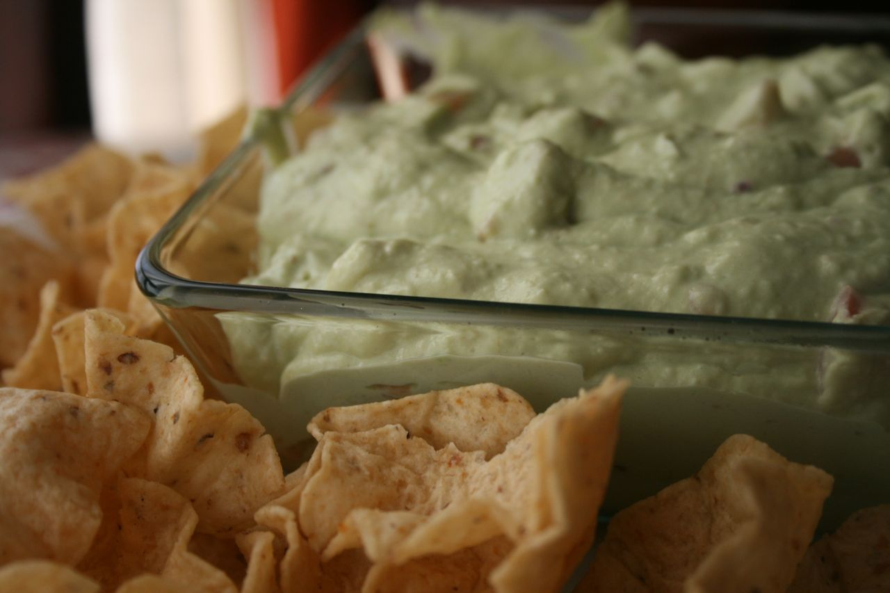 Recipe Shoebox: Light and Creamy Guacamole Dip