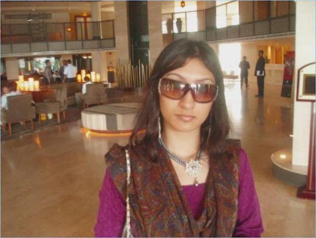 Beautiful Desi bhabhi Nude Body Pictures   nudesibhabhi.com