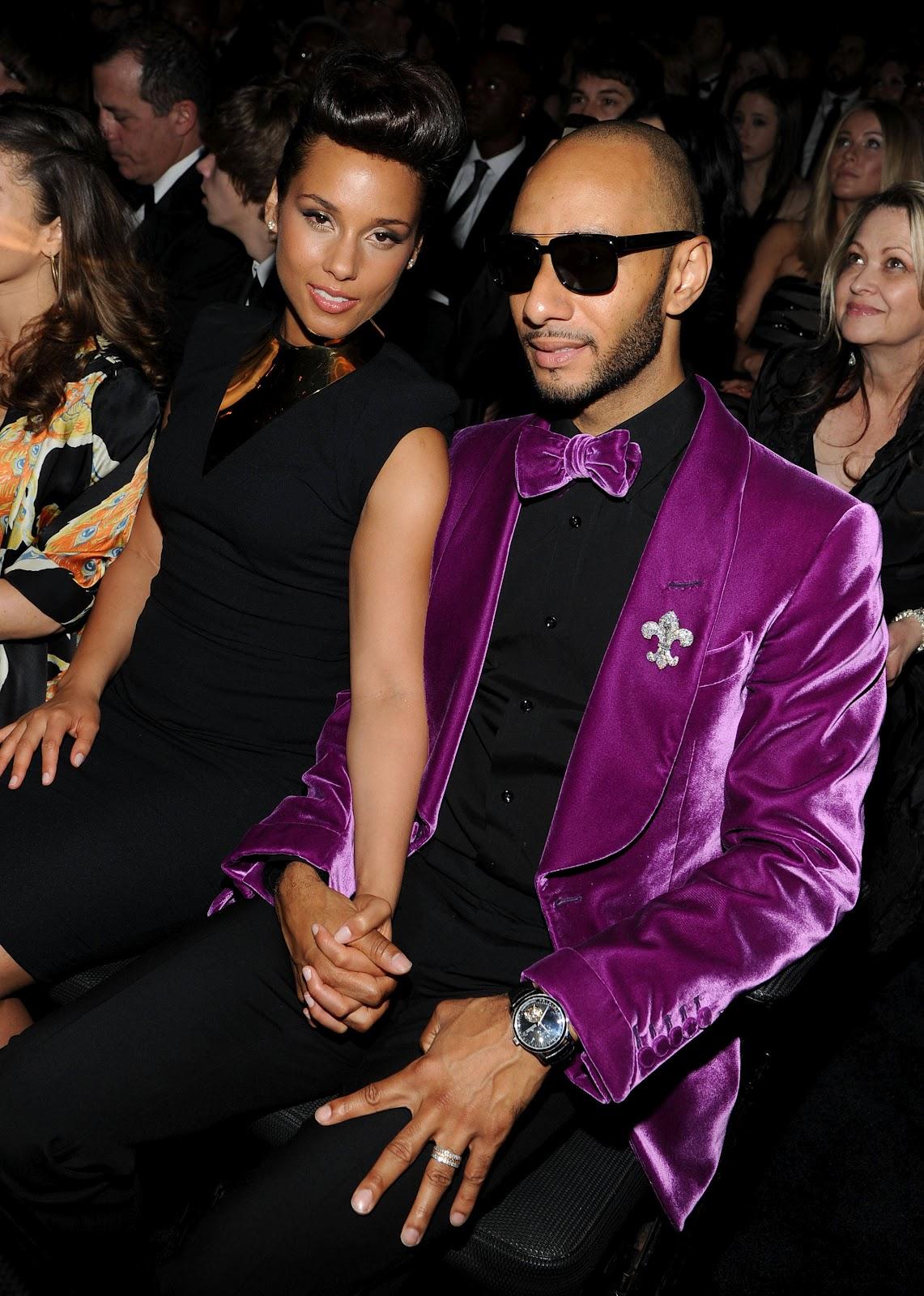 http://1.bp.blogspot.com/-XhlQhoo9yRA/T7sBasyq7PI/AAAAAAAAJhI/Yy5UR0rGHUo/s1600/Alicia+Keys+with+Husband-7.jpg