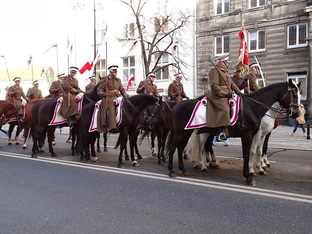 Kawaleria w marszu Razem dla Niepodległej 2013