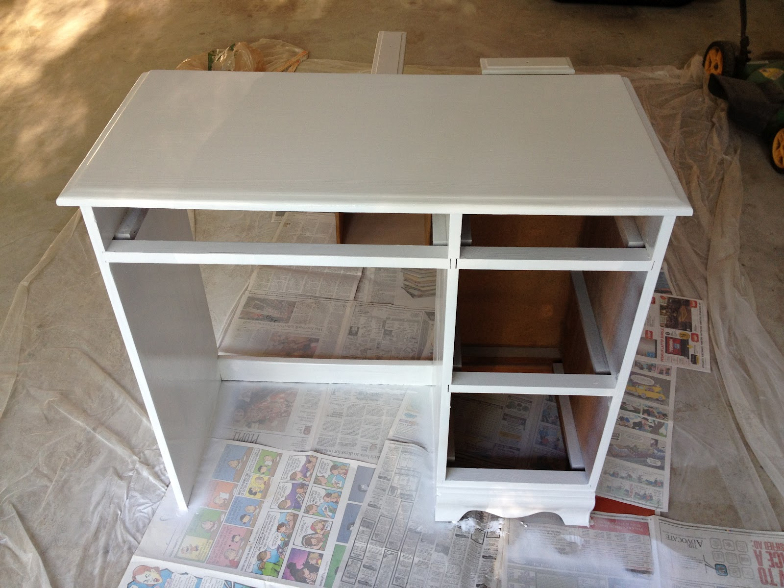 Mrs. C Does Stuff: Closet Revamp: Desk To Vanity. Full resolution  image, nominally Width 1600 Height 1200 pixels, image with #8D6D3E.