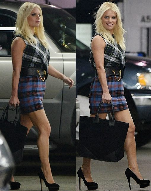 You could not really tell on the red carpet, but when Jessica Simpson was presenting her flawless garment, it became pretty clear. It's a good thing while the 34-year-old made for an arresting sight as she stepped out for lunch at Trattoria Dell'Arte restaurant in New York on Wednesday, September 24, 2014.