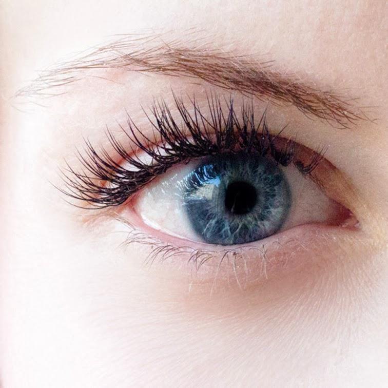 Bare eye, blue eyes, porcelain skin