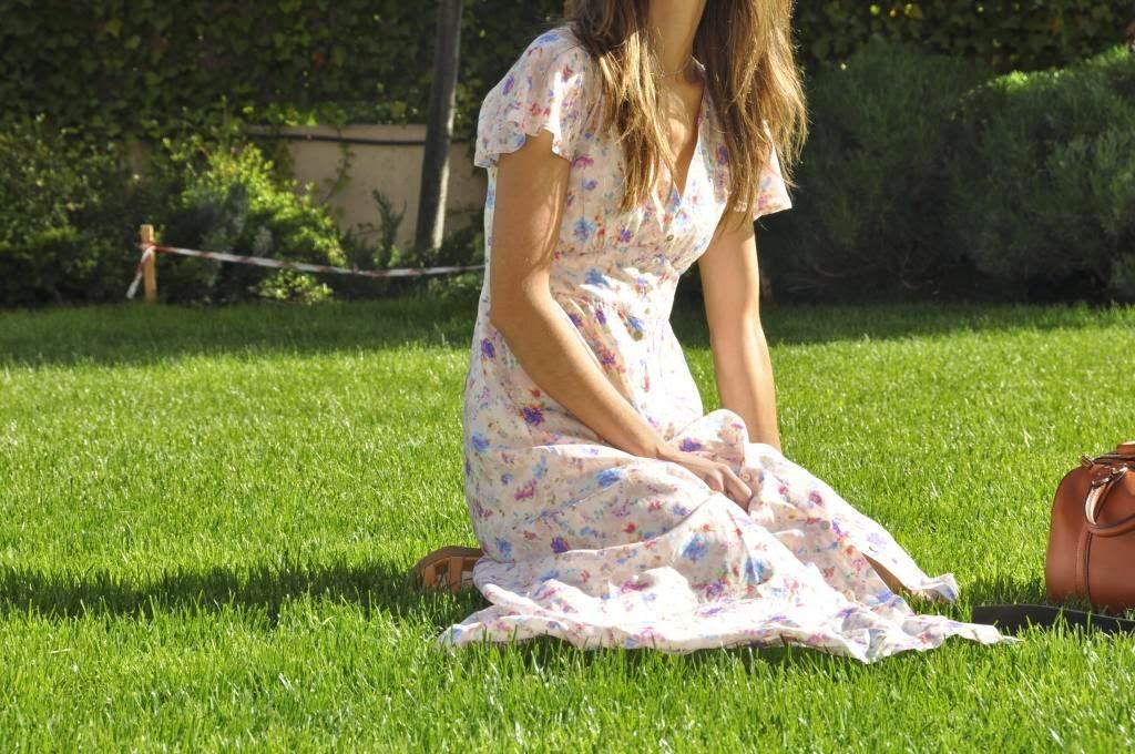 Vestido Aitana,Magnolia Trendy,estampado floral,largo