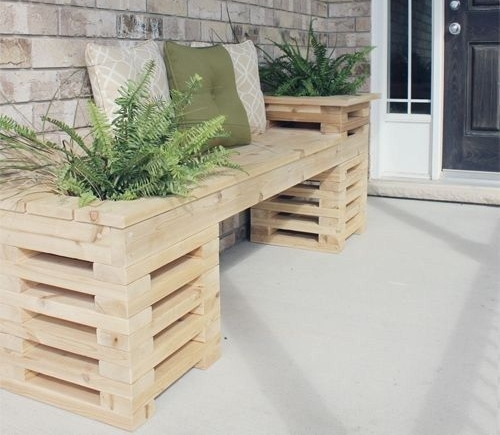 plant stand made from pallets 2