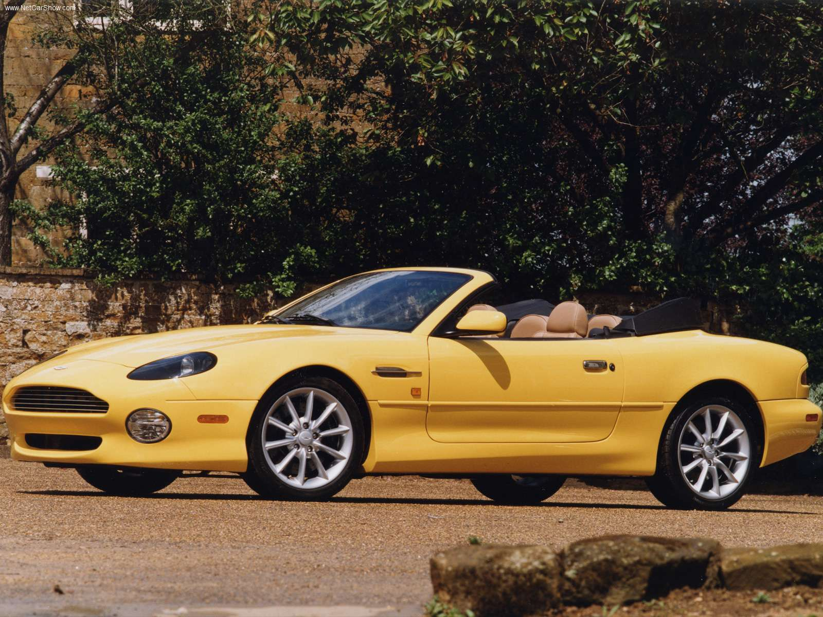 aston martin wallpapers aston martin db7 vantage volante