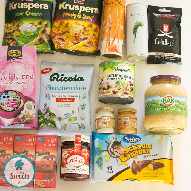 Degustabox September 2015, Krüger Chai Latte Exotic India, Bonduelle Kircherbsen-Bohnen Mix, Ricola Gletscherminze, HAK Mildes Sauerkraut, Funny Frisch Kruspers, ColaRebell, DeBeukelaer ChocOlé, ACÀO, Limuh, Zentis Sonnenfrüchte, Dreispatzen, Banitas Schaum Bananen