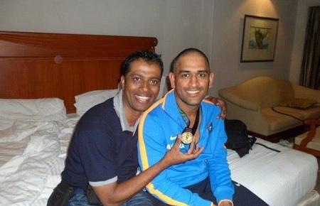 Dhoni New Hairstyle