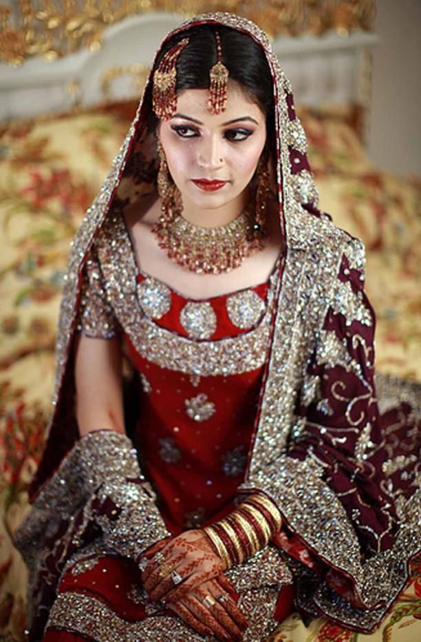 Pakistani Unique Bridal Dresses For Marriage