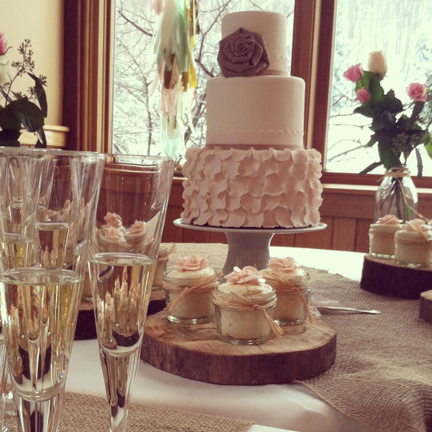 Lola Pearl Bake Shoppe Rustic Elegance Wedding Cake