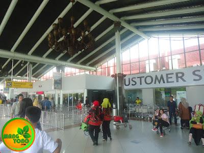 Foto ini di Bandara Soekarno Hatta di terminal keberangkatan 1 C