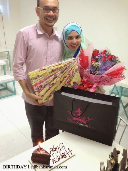 Adibah dapat bunga dan beg Coach hadiah birthday ke 28 di Cotton Craft Shah Alam