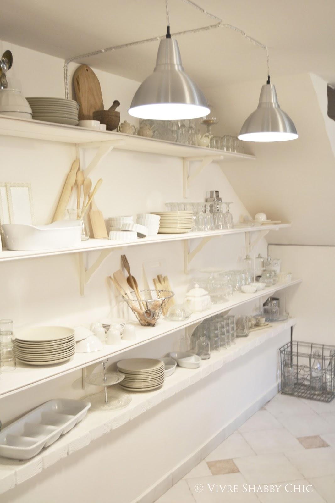 Vivre Shabby Chic: Un tocco di stile Industriale: nuove lampade in cucina.