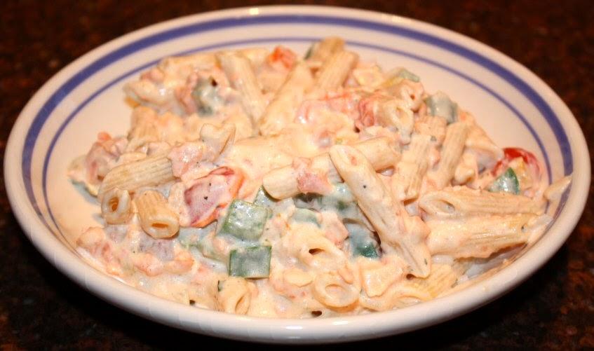 recept; recepten; hoofdgerecht; hoofdgerechten; pasta; gerookte zalm; doperwten; boursin; kruidenroomkaas; italiaans;