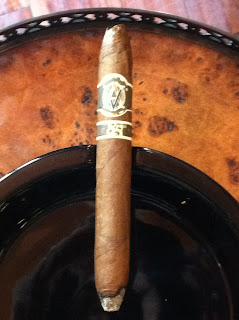 Avo 85th LE11 cigar