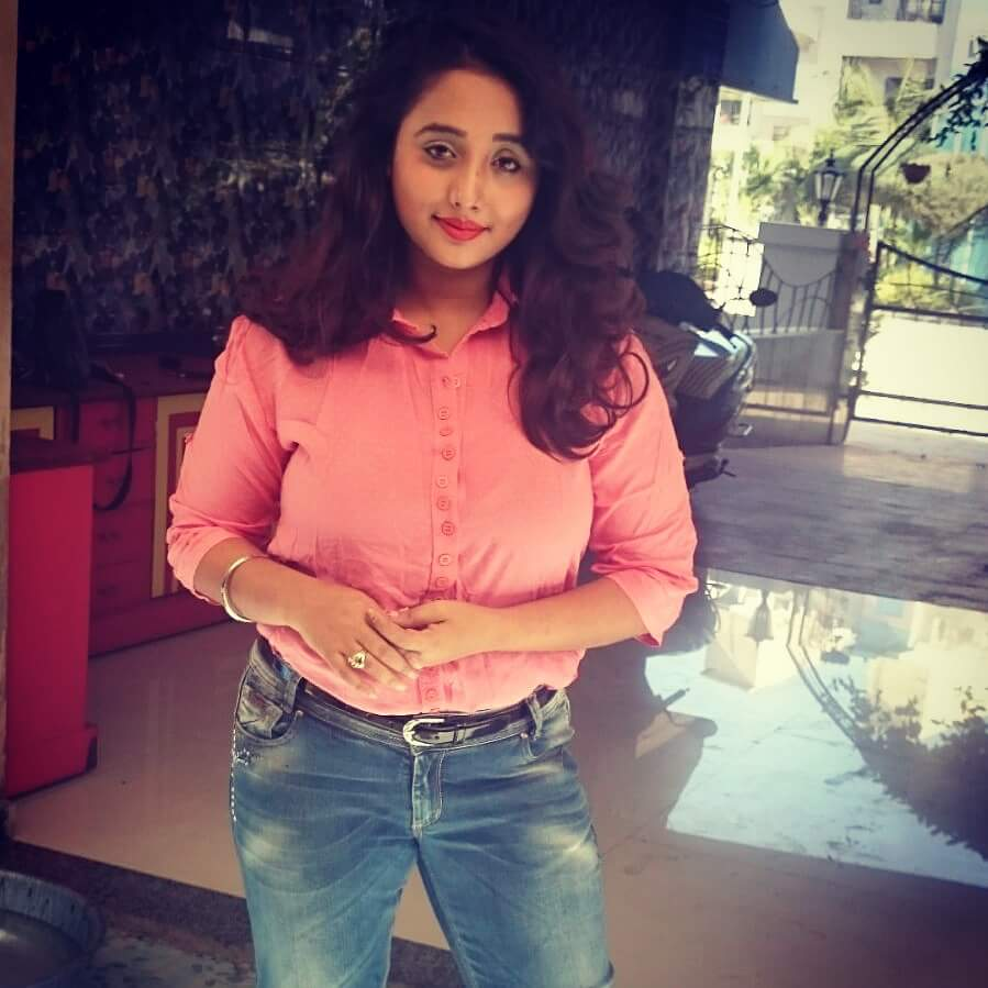 Rani Chatterjee, Pinku Shrivastav, Awdhesh Mishra, Pushpa Verma Bhojpuri movie A Bad Man Babu 2016 wiki, full star-cast, Release date, Actor, actress, Song name, photo, poster, trailer, wallpaper